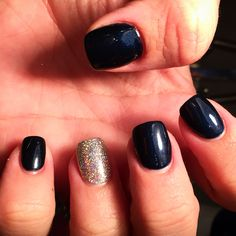ABSSY navy on acrylics with sparkles by me 😍 Acrylics, Acrylic Nails, Shellac, Overlay, Sparkles, Navy, Life, Beauty, Hale Navy