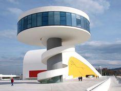 Oscar Niemeyer, Centre Culturel International Oscar Niemeyer, Avilés, Espagne, 2011 © NIEMEYER, OSCAR / Adagp, Paris, 2017
