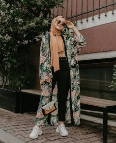 the best hijab clothing ideas. Source by amqidwi Outfits hijab Hijab Fashion Summer, Modest Fashion Hijab, Modern Hijab Fashion, Street Hijab Fashion, Casual Hijab Outfit, Hijab Chic, Abaya Fashion, Muslim Fashion, Fashion Outfits