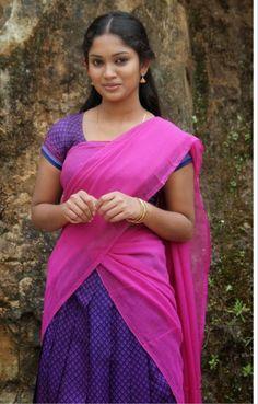 Beautiful Girl In India, Most Beautiful Women, Beautiful Outfits, Beautiful Saree, Cute Beauty, Beauty Full Girl, Beauty Women, Beautiful Bollywood Actress, Most Beautiful Indian Actress