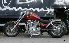 Blog sobre motos custom, chopper, bobber, Harley Davidson. Custom japonesas Intruder, Shadow, Vulcan, Dragstar. Rock, concentraciones, tatuajes