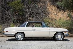 Mercedes Motoring - 1972 250C Gasoline Coupe