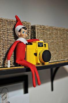 elf on the shelf photographer (elf takes pix; download & show child)