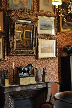 the gustave moreau house museum in paris English Cottage Interiors, Victorian Interiors, Victorian Homes, French Interiors, House Interiors, Rustic Interiors, Traditional Interior, Classic Interior, Country Decor