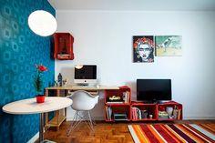 Via Revista Decorar Mais Por Menos Office Desk For Sale, Mesa Home Office, Computer Desks For Home, Home Desk, Home Office Desks, Home Office Furniture, Writing Desk With Drawers, Wood Writing Desk, Solid Oak Desk