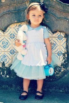 Alice (Alice in Wonderland) - USA