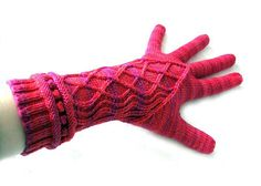 Ravelry: Miss Sophie's Hands pattern by Julia Mueller