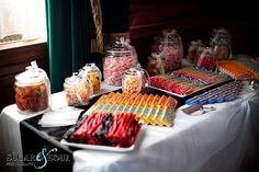 Movie premier party: forget the bridal party! Just give me a candybuffet everyday!