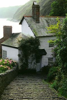 wanderthewood: Clovelly, Devon, England by kenhoffman50