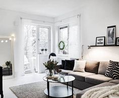 How to decorate a white apartment to make it cozy and comfortable. Living Room Interior, Home Living Room, Living Room Decor, Interior Livingroom, Living Room Inspiration, Home Decor Inspiration, Daily Inspiration, Boho Deco, White Apartment