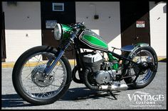 Yamaha T500 by Vintage Customs