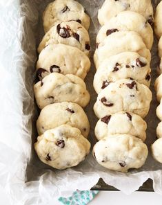These Condensed Milk Chocolate Chip Cookies taste like a shortbread cookie crossed with a chocolate chip cookie. This recipe is a great way to use up leftover sweetened condensed milk. Condensed Milk Cookies, Condensed Milk Recipes, Biscotti, Sorbet, Milk Chocolate Chip Cookies, Chocolate Cupcakes, Hot Chocolate, Brownies, Dessert Crepes