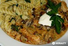 Gombás pulykamellragu csavart tésztával Grains, Chicken, Food, Diet, Red Peppers, Essen, Meals, Seeds, Yemek