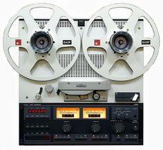 REVOX C270 - www.remix-numerisation.fr - Rendez vos souvenirs durables ! - Sauvegarde - Transfert - Copie - Digitalisation - Restauration de bande magnétique Audio - MiniDisc - Cassette Audio et Cassette VHS - VHSC - SVHSC - Video8 - Hi8 - Digital8 - MiniDv - Laserdisc - Bobine fil d'acier - Micro-cassette - Digitalisation audio - Elcaset