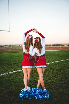 Cheerleading, cheer, senior portraits, friend pictures, friend photos, cheerleading buddy picture, cheer friend photo, Colorado cheerleading portrait, Weld Central, High School Seniors, Colorado senior photographer, Taylor Nicole Photography