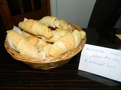Cornuri din aluat cu iaurt, dospit la rece by aryana Pizza, Bread, Cheese, Food, Brot, Essen, Baking, Meals, Breads