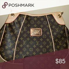 Yery nice  bag Handbag  with wallet Bags