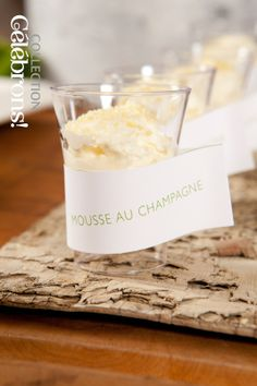 Mariage, Collection Célébrons   Recette Mousse au Champagne en verrine white sweet table Mousse Au Champagne, Nouvel An, Candle Jars, Baked Goods, Glass Of Milk, Cooking Recipes, Sweets, Entertaining, Baking