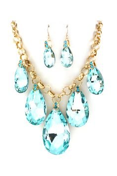 Aquamarine Crystal Dakota Necklace <3