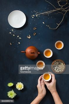Flat lay conceptual mid-autumn festival celebration food and drink… – Personel Celebration Festival Celebration, Food Festival, Cake Festival, Menu Design, Food Design, Food Photography Styling, Food Styling, Fotografia Macro, Tea Culture