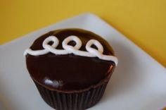 Fauxstess Cupcakes | Beantown Baker