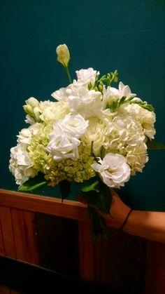 Hydrangea lisianthis, roses bidal bouquet