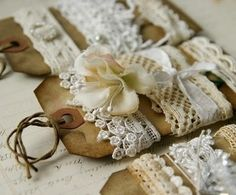 vintage and shabby♥ Arts And Crafts, Paper Crafts, Diy Crafts, Ribbon Crafts, Card Tags, Gift Tags, Art Du Fil, Handmade Tags, Linens And Lace