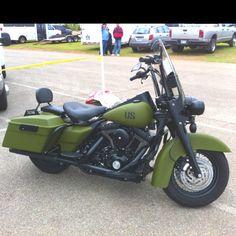 Army Green Road King (Harley Davidson)