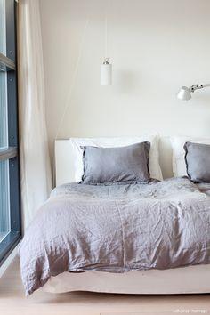 Cozy bedroom by Valkoinen Hermaja #bedroom