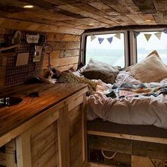 Interior Design Ideas For Camper Van No 57 #camperdesignideas #CoolDecorTips #camperdecorinterior #campervaninterior