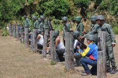 En Yaracuy el Gob regional entrena a colectivos en fuerte militar.