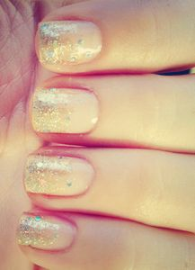 Repinned: Glitter Ombre Nails!