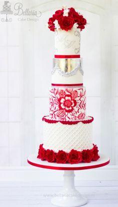 Featured Cake: Bellaria Cake Design; www.bellariacakesdesign.nl; Wedding cake idea.