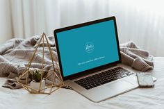 Apple Macbook Pro on Bed