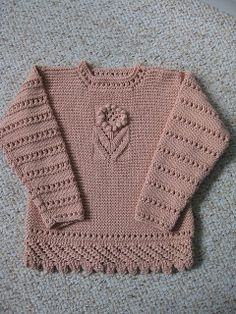 Free Pattern: Lacy Sweater by Zoë Mellor.