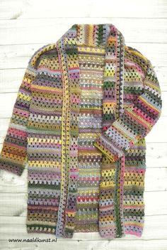'Let's Granny Vest' gemaakt van de Viva Lang Yarns Love Crochet, Easy Crochet, Crochet Baby, Knit Crochet, Crochet Mittens, Crochet Beanie, Crochet Cardigan, Shrugs And Boleros, Crochet Fashion