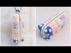 小さなポーチ作り方 DIY How to make a pouch Zipper Pouch Tutorial Pencil Case Tutorial, Zipper Pouch Tutorial, Diy And Crafts, Quilts, Personalized Items, Sewing, Mini, How To Make, Handmade