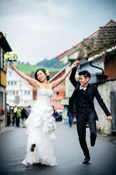 Ein Hochzeits-Shooting an der Chilbi im Appenzell / Schweiz Real Weddings, Ballet Skirt, Skirts, Style, Fashion, Switzerland, Nice Asses, Swag, Moda