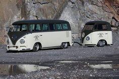 VW Camper and Mini Me trailer http://caravaning-univers.com/ #accessoire #camping car accessoire #caravane #vw # volkswagen bus #kombi