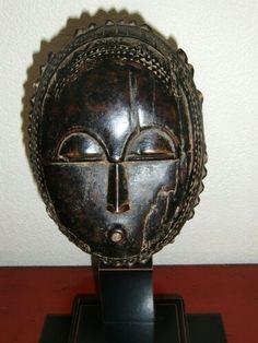 Baule moon mask, collectie jan visser
