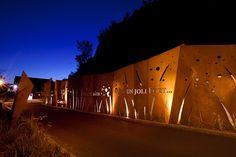Memory_Wall_CAP_ROUGE-by-Plania-02-PierreJoosten « Landscape Architecture Works | Landezine