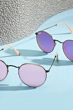 f9ce880fd5743  Ray-Ban frame Flash round lenses  Sunglasses… Oakley Sunglasses