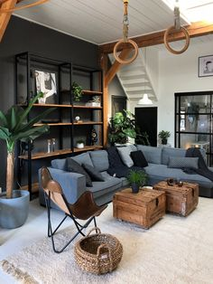 Dark Living Rooms, Home Living Room, Living Room Decor, Bedroom Decor, Masculine Living Rooms, Masculine Interior, Living Room Sets, Small Living, Room Interior
