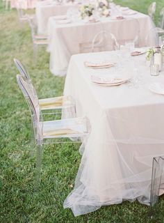 Table covers - gentle white chiffon or fine-mesh 'tulle' for a shabby chic or romantic wedding decor