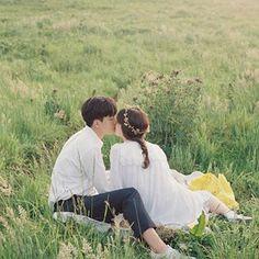 Thursday Island with Rinka.#제주도셀프웨딩 #제주도웨딩스냅 #제주도스냅 #제주웨딩스냅 #제주스냅 #필름촬영 #필름셀프웨딩 #필름스냅 #필름웨딩스냅 #필름 #셀프웨딩 #제주도필름 #제주도필름스냅 #thursdayisland #써스데이아일랜드 Japanese Couple, Korean Couple, Pre Wedding Photoshoot, Wedding Shoot, Couple Posing, Couple Photos, Foto Wedding, Photoshoot Concept, Wedding Photography Styles