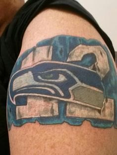 3d seahawk tattoo seahawks pinterest bird tattoos birds and fans. Black Bedroom Furniture Sets. Home Design Ideas