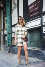 Plaid_Dress-Snake_Bag-Isabel_Marant_Boots-Outfit-Street_Style-5