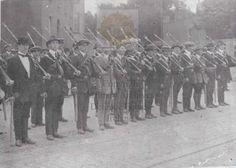 Foundation of the Volunteers Roisin Dubh, Ireland 1916, Irish Free State, Irish Independence, Easter Rising, Irish People, Michael Collins, Lest We Forget, Irish Celtic
