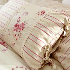 Exceptional Dorma bedding sets in luxury designs and high thread counts. Choose from modern and classic designs with luxury cushions and bed spreads to complete the look. Sewing Pillows, Diy Pillows, How To Make Pillows, Decorative Pillows, Cushions, Throw Pillows, Pillow Ideas, Bolster Pillow, Pillow Shams