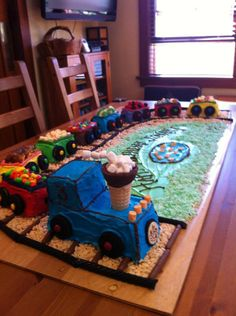 3rd Birthday Party For Boy, Thomas The Train Birthday Party, 3rd Birthday Cakes, Novelty Birthday Cakes, Trains Birthday Party, Train Party, Third Birthday, Birthday Ideas, Lightning Mcqueen Birthday Cake